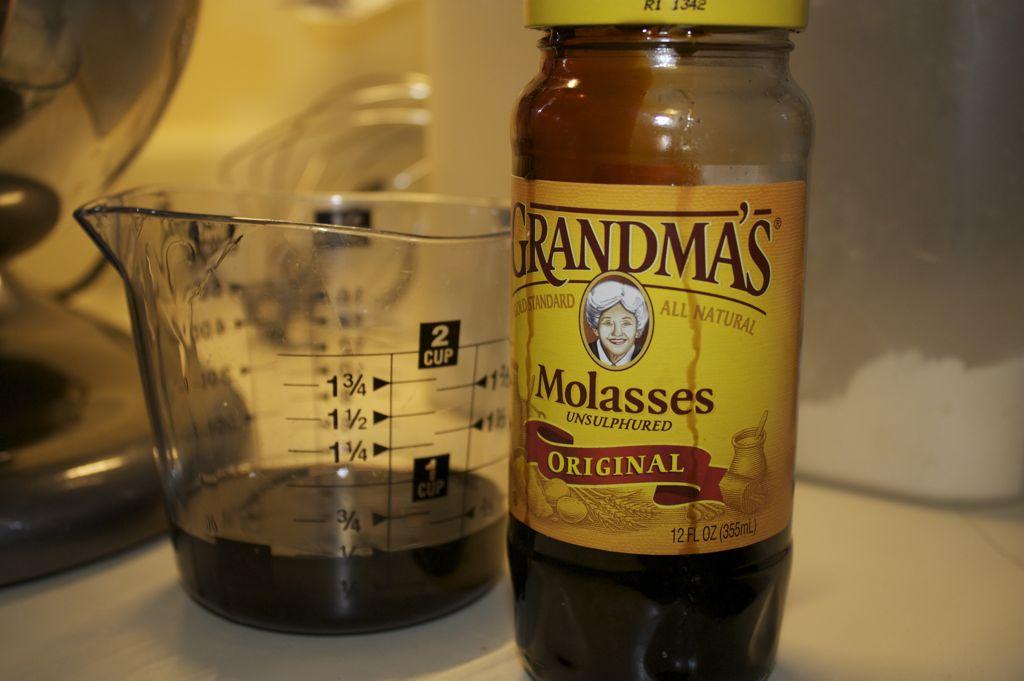 molasses2