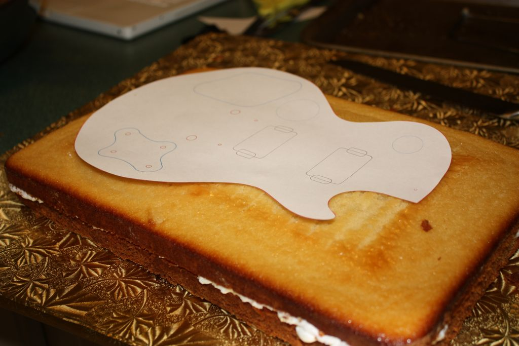 Guitar cake simmiecakes for Guitar templates for cakes
