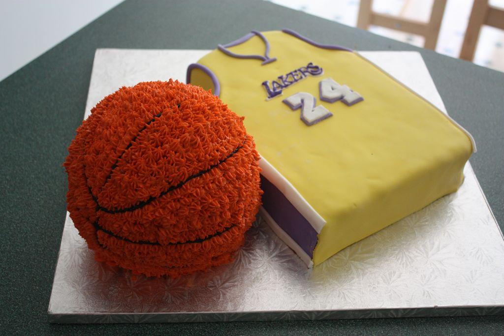 Lakers Cake Simmiecakes